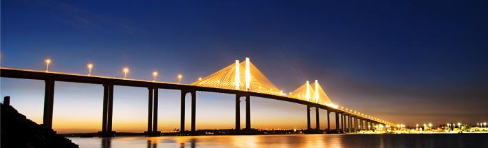 Ponte Newton Navarro.